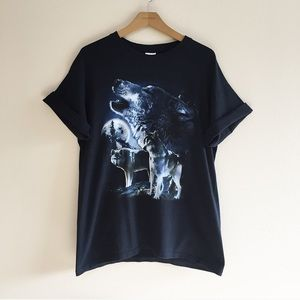 Vintage Wolf Graphic Tee